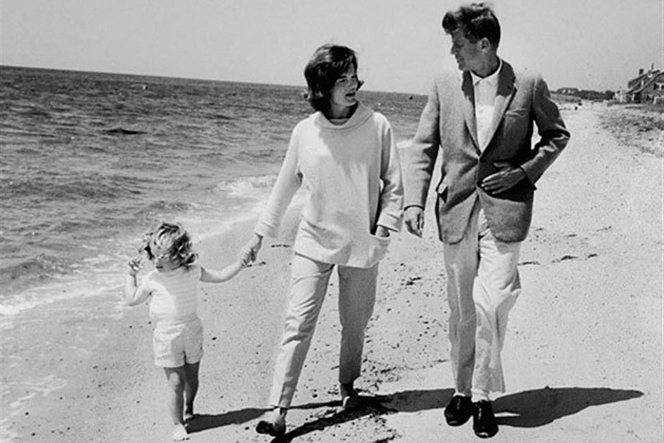 John F. Jennedy, Jacqueline Onassis, and Caroline on the beach